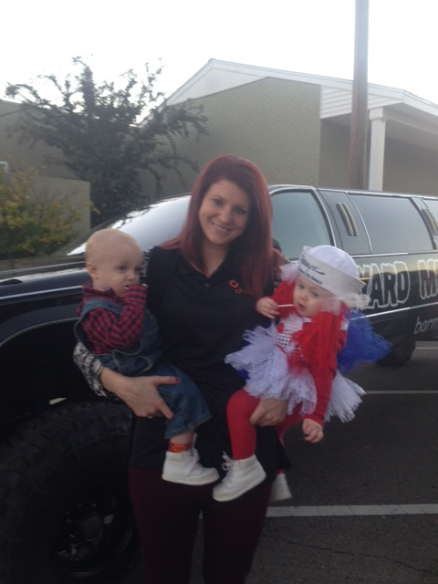 Erin from Choice Pawn with her twins, Sawyer and Saylor